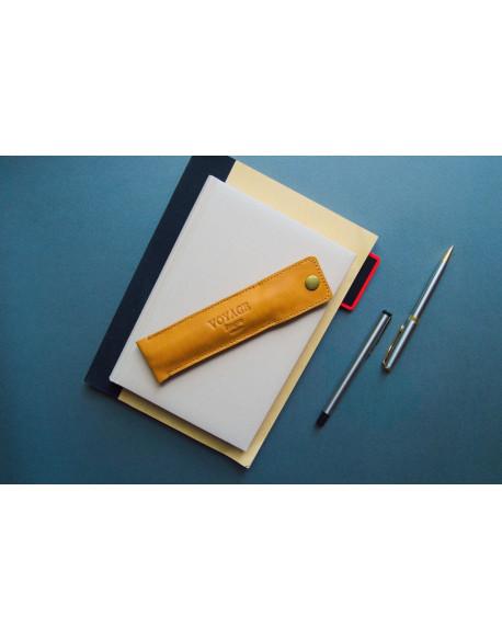 Penál na tužky // PLUME (Brown)