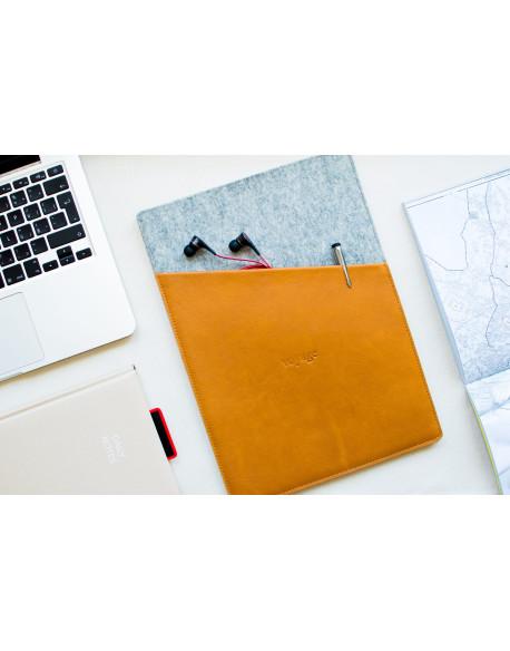 Obal na MacBook 13 // CULT (Brown)