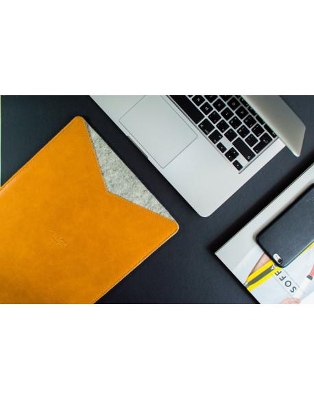 Obal na MacBook 13 // LOFT (Brown)
